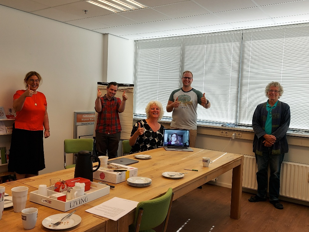 aftrap september 2020v.l.n.r. Roos Hoelen; Michiel de Groot; Annelies de Jong; Bianca van den Heuvel (op scherm); Bruno Spoor; Job Haug